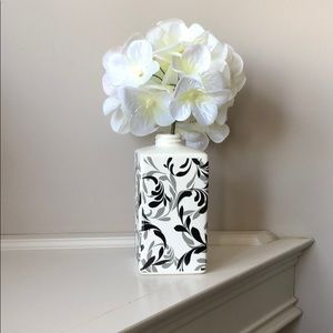 Other - Decoration vase with grey and black accents